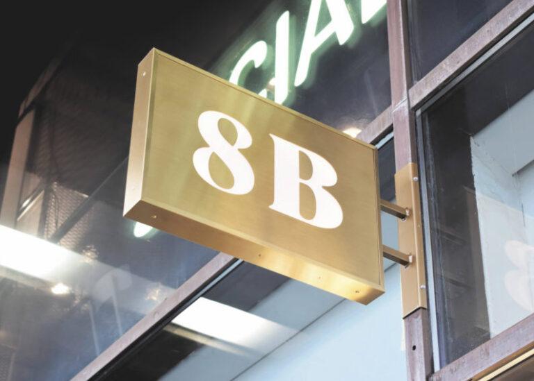 8B valokotelo